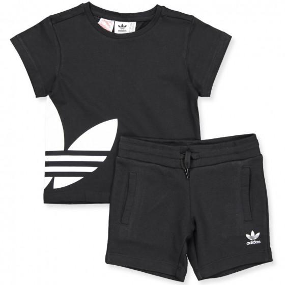 Black t shirt and shorts