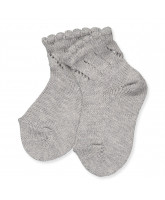 Grey socks with lace pattern