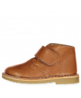 Cognac winter boots