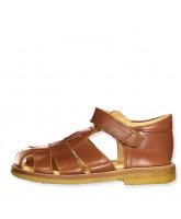 Sandals closed toe